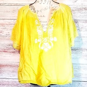 J. Crew Top.Yellow White Embroidery Short sleeve